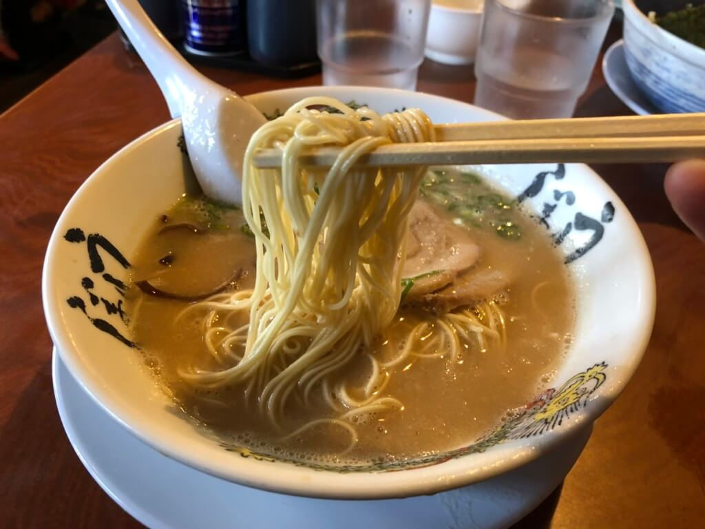 うしじま博多ラーメンの麺